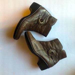 Clarks Mid Calf 8M Brown Leather Boots Side Zip